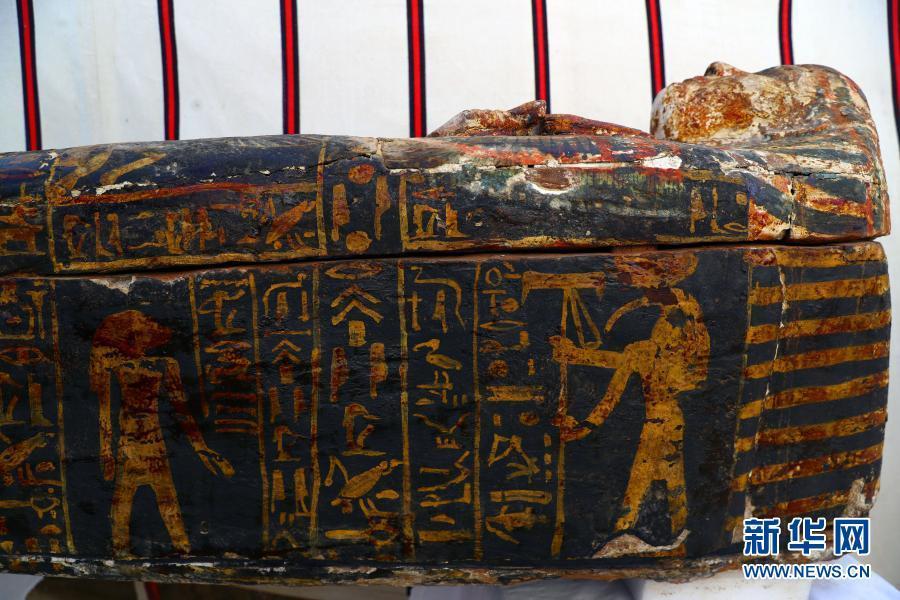 埃及发掘出4300年前古埃及王后陵庙